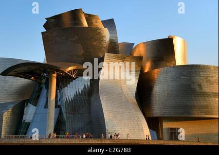 Spanien baskische Land Region Vizcaya Provinz Bilbao das Guggenheim-Museum von Frank Gehry entworfen - Stockfoto