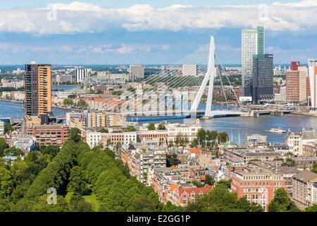 Rotterdam Niederlande Südholland Ansicht Euromast Nieuwe Maas Fluss ökologische Gebäude Maas (165 m) von Dam & Partner - Stockfoto