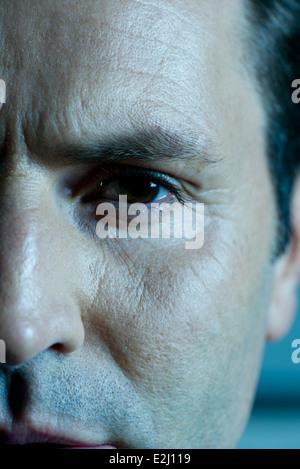 Reifer Mann ins Gesicht, beschnitten - Stockfoto
