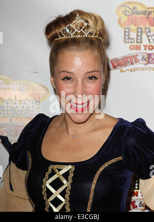 Disney Junior Live auf Tour! Pirate & Prinzessin Abenteuer Held bei Dolby Theater mit: Becky Baeling wo: Hollywood, - Stockfoto