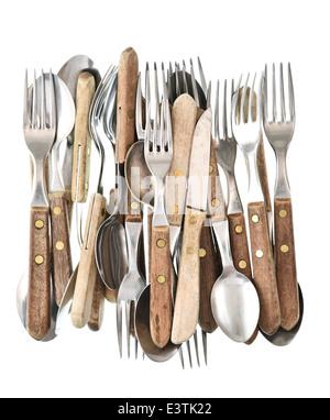 Antikes Besteck isoliert auf weißem Hintergrund. Retro-Küche Besteck Messer, Gabel und Löffel - Stockfoto