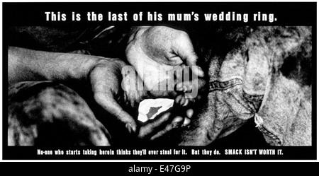"""""""Dies ist der letzte seiner Mutter Ehering."""" Bestandteil der """"Smack nicht ist es Wert"""" Sensibilisierungskampagne - Stockfoto"""