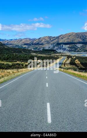 Straße führt über den Lewis Pass, Südinsel, Neuseeland, Pazifik - Stockfoto