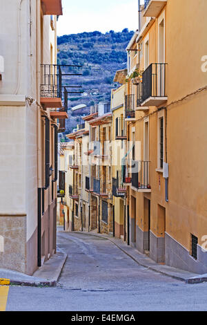 Gasse in Benassal, Provinz Castellon. Spanien - Stockfoto