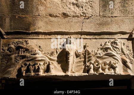 Europa, Kroatien, Sibenik (Šibenik), reich verzierten christlichen Dekoration über Tür des Hauses Zagrebacka ulica - Stockfoto