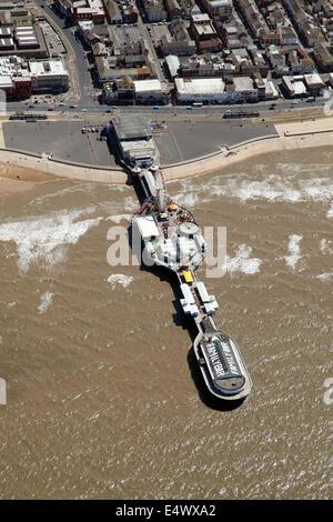 Luftaufnahme von Blackpool Central Pier - Stockfoto