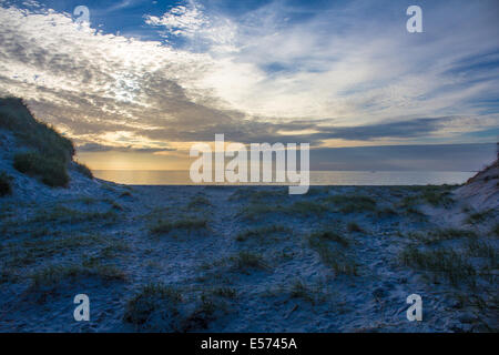 Sonnenuntergang am Weststrand Berneray - Stockfoto