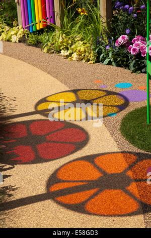 Tatton Park, Manchester, UK. 23. Juli 2014. Runde Bilder. Und farbige Schatten, farbige Kreise, Spinnräder, Schatten, - Stockfoto