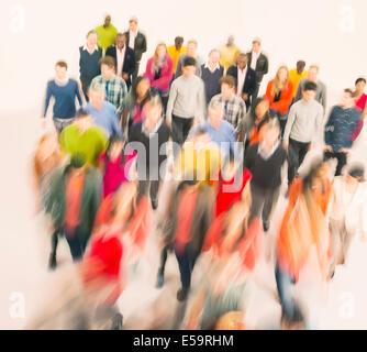 Menge zu Fuß Stockfoto