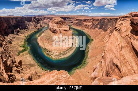 Panoramablick über Horseshoe Bend in Utah, USA - Stockfoto