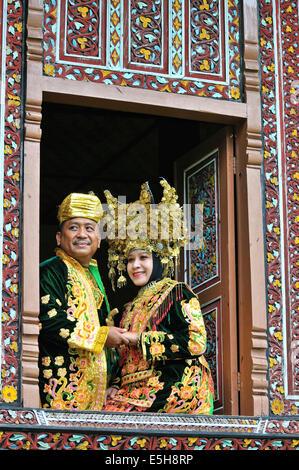 Indonesien, Padang, West-Sumatra, Minangkabau Braut - Stockfoto
