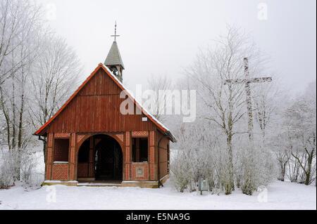 Bruder Claus Chapel im Winter, Baumberge, Münsterland, Nordrhein-Westfalen, Deutschland - Stockfoto