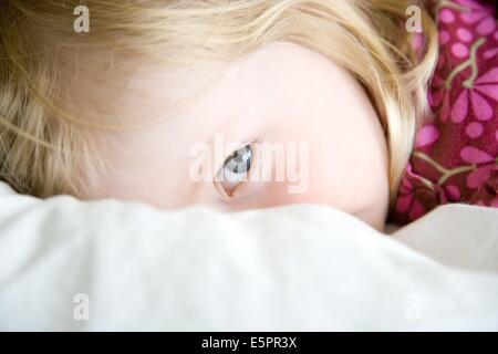 2 Jahre altes Mädchen. - Stockfoto