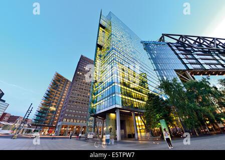 Deutschland berlin potsdamer platz die ehemalige innerdeutsche grenze der ehemalige verlauf for Berlin moderne architektur