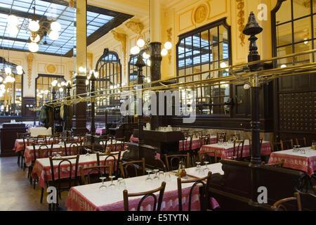 "Interieur des berühmten 19. Jahrhundert Restaurants ""Bouillon Chartier"" - Stockfoto"