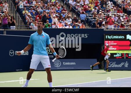 Toronto, Kanada. 6. August 2014. Novak Djokovic Serbien feiert seinen Sieg über Gael Monfils Frankreichs während - Stockfoto