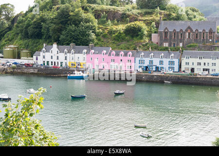 bunte h user im hafen von portree auf der isle of skye schottland stockfoto bild 31235299 alamy. Black Bedroom Furniture Sets. Home Design Ideas