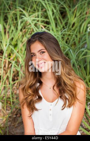 Teenager-Mädchen lächelnd - Stockfoto