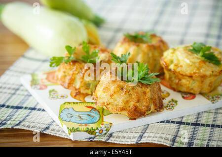 Gekochten zucchini Muffins - Stockfoto