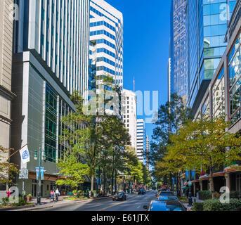 Bürogebäude in der North Tryon Street in uptown Charlotte, North Carolina, USA - Stockfoto