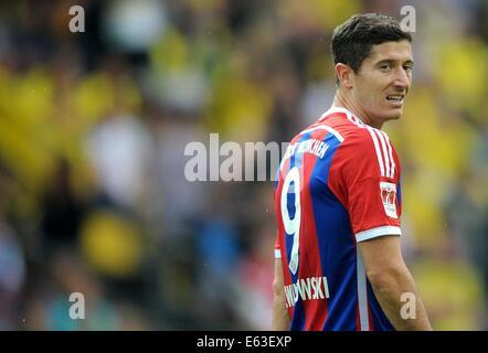 Dortmund, Deutschland. 13. August 2014. Münchens Robert Lewandowski während der DFL-Supercup Fußball match Borussia - Stockfoto