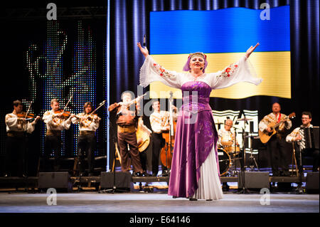 Chaika, ukrainischen Volksmusik und Tanz-Ensemble aus Odessa, erklingt in Folkart, Sub-Folklore-Festival der Festivals - Stockfoto