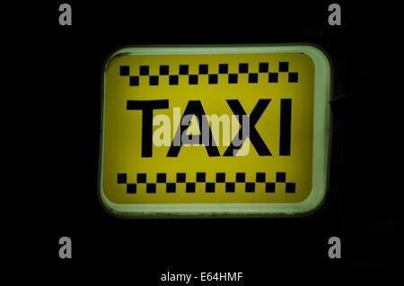 Taxi-Schild, Sonnenstrand, Bulgarien.