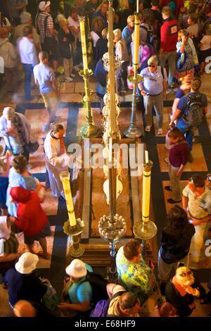 Stein der Salbung, Innenraum der Kirche des heiligen Sepulchre, Jerusalem, Israel, Nahost, - Stockfoto