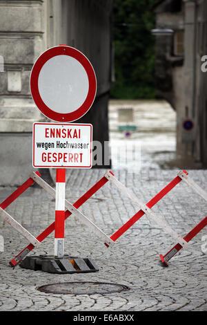 Verkehrszeichen, Barriere - Stockfoto