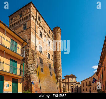 italien piemont langhe roddi schloss stockfoto bild 72911389 alamy. Black Bedroom Furniture Sets. Home Design Ideas