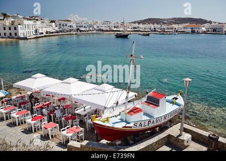 Blick auf den Hafen, Mykonos-Stadt (Chora), Mykonos, Cyclades, griechische Inseln, Griechenland, Europa - Stockfoto