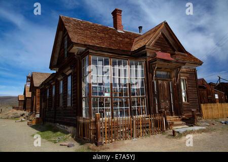 J.s. Cain Residenz, Geisterstadt Bodie (Höhe 8379 ft/2554 m), Bodie Hills, Mono County, östliche Sierra, Kalifornien, - Stockfoto