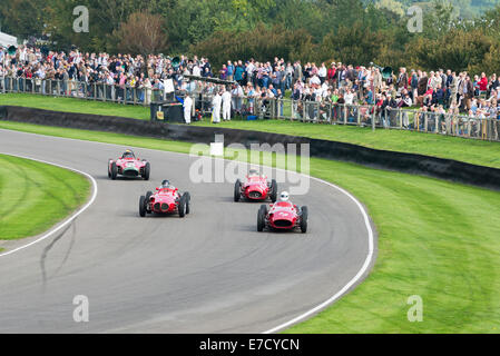 Chichester, West Sussex, UK. Sonntag, 14. September 2014. Beim Goodwood Revival, Goodwood motor Circuit. Am letzten - Stockfoto