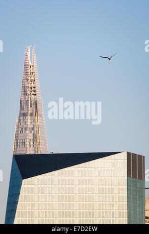 London, UK. 12. August 2014.  Der Shard Gebäude 2014 © Guy Corbishley/Alamy Live-Nachrichten - Stockfoto