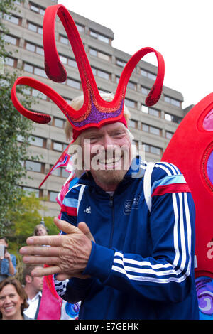 London, UK. 17. September 2014. Sir Richard Branson feiert heute ein Viertel der eine Milliarde Pfund für wohltätige - Stockfoto