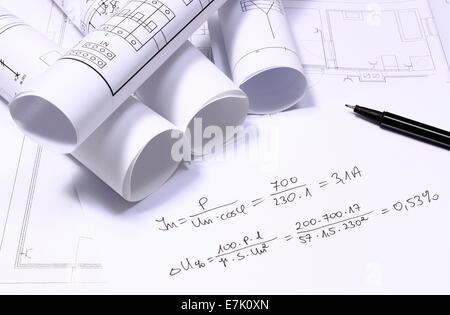 Schaltpläne, Taschenrechner und mathematische Berechnungen für ...