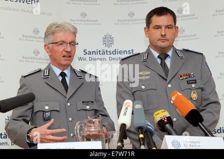 Koblenz, Deutschland. 24. Sep, 2014. Chef Armee Arzt Bernhard ... | {Arzt bundeswehr 58}