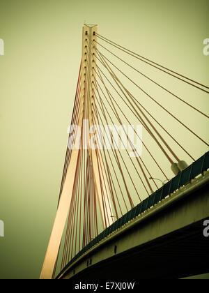 Hängebrücke über Martwa Wisla River in Gdansk-Danzig-Polen-Europa - Stockfoto
