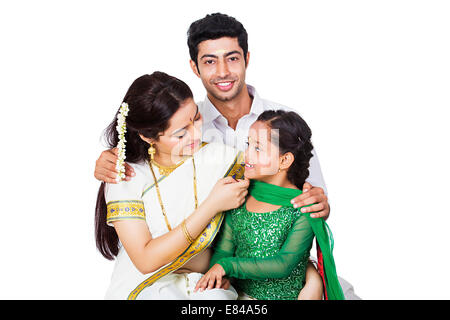 South Indian Familie sitzen - Stockfoto