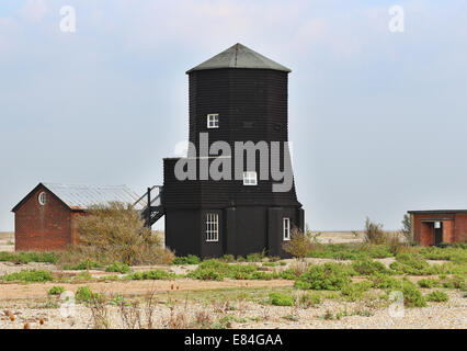 Schwarzen Holzturm auf Orford Ness, Suffolk, England - Stockfoto