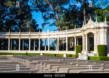 Blick auf die Spreckels Organ Pavillon an einem ruhigen Morgen. Balboa Park, San Diego, Kalifornien, Vereinigte - Stockfoto