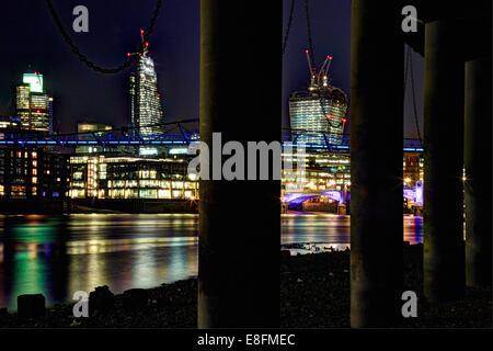 Vereinigtes Königreich, England, London, Stadtansicht mit Turm 42, Leadenhall Building, Walkie-Talkie, Millennium - Stockfoto