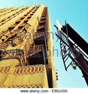 Low-Winkel Ansicht der Außenseite des Gebäudes - Stockfoto