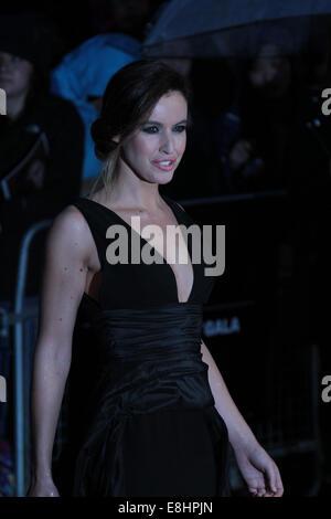 London, UK. 8. Oktober 2014.  Charlie Webster besucht eine Screening The Imitation Game auf die Opening Night Gala - Stockfoto