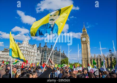 London, UK. 11. Oktober 2014. Ein Protest fordern Unterstützung für die Kurden und die Schuld der Türkei nicht zu - Stockfoto