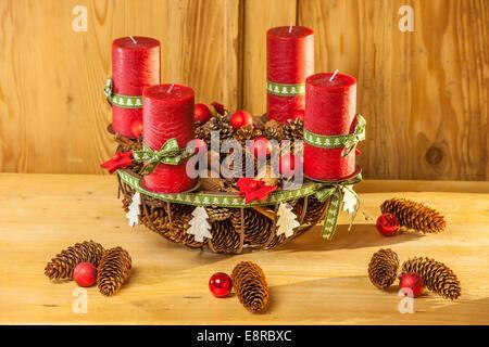 weihnachten dekoration landhausstil rot wei dinge auf. Black Bedroom Furniture Sets. Home Design Ideas