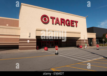 Ziel speichern Zeichen und Eingang. - Stockfoto