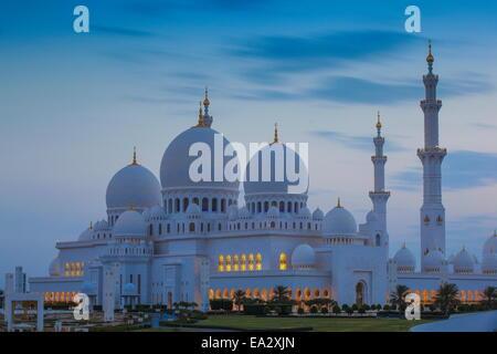 Sheikh Zayed Grand Moschee, Abu Dhabi, Vereinigte Arabische Emirate, Naher Osten