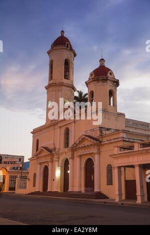 Catedral De La Purísima Concepción, Parque Marta, Cienfuegos, Provinz Cienfuegos, Kuba, Westindische Inseln, Karibik, - Stockfoto