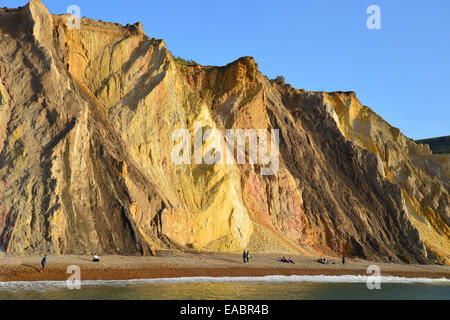 Multi-Coloured sand Klippen, Alum Bay, Isle Of Wight, England, Vereinigtes Königreich - Stockfoto